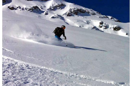 Skitour cleaskies