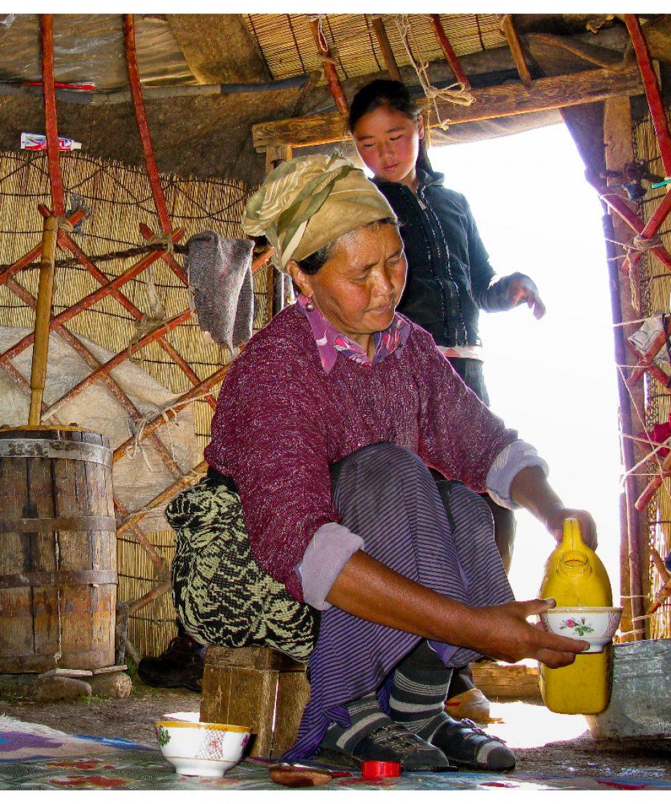 kirgistan-yurte-baeuerin