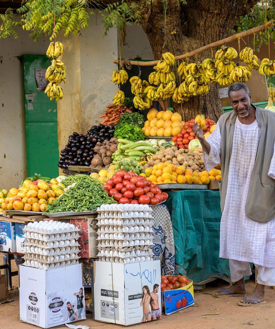 ARR-Reisen_Sudan_Obstverkäufer