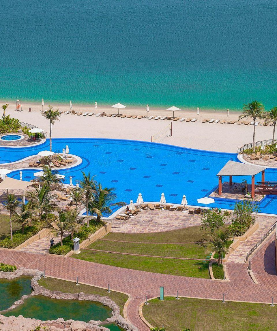 DXBCT_P029 Infinity Pool and Beach